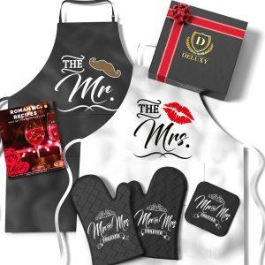mr and mrs apron set